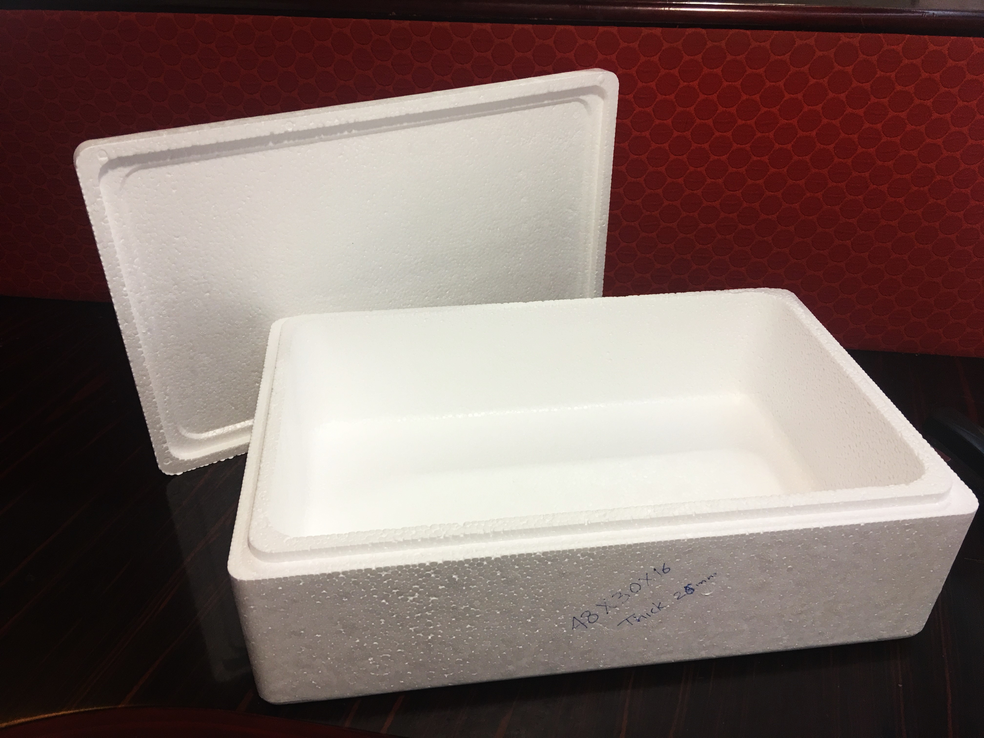 Foam Boxes for Packing Fish